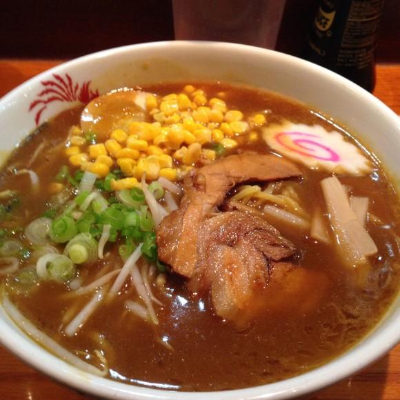 ramen_naruta_curry